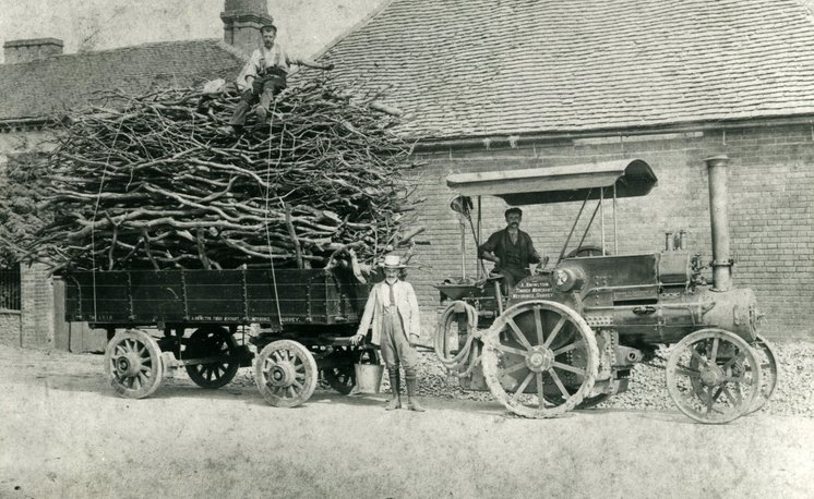 Wallis & Steevens 3 ton tractor No. 2745 in the ownership of A. Knowlton, Timber Merchants,   Weybridge, Surrey.